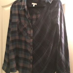 NWOT Abound Long Sleeve Button Down